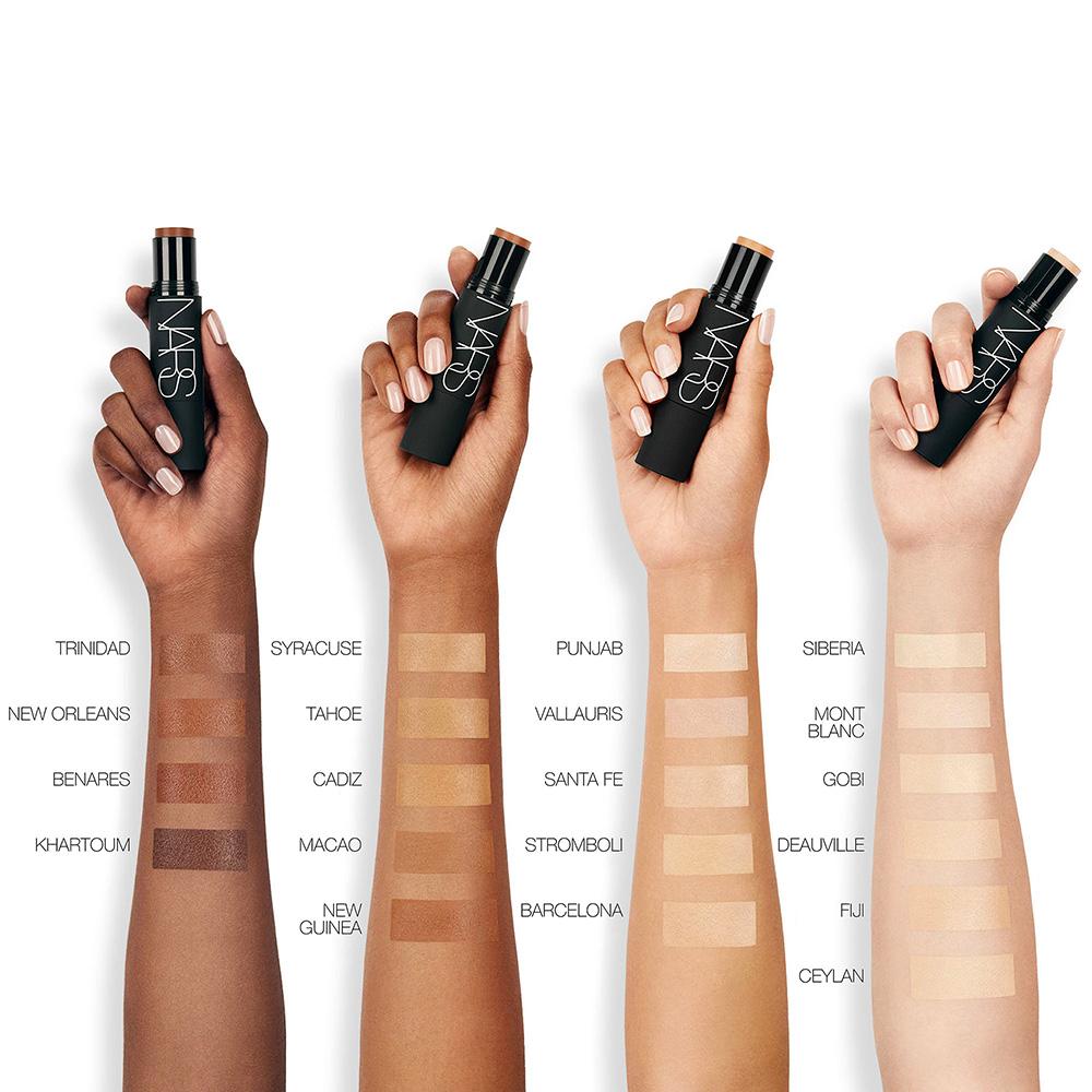 Best Foundation Reviews - Foundation Makeup